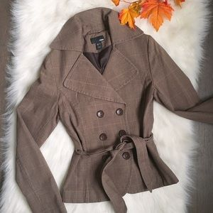 H&M brown plaid coat with waist tie